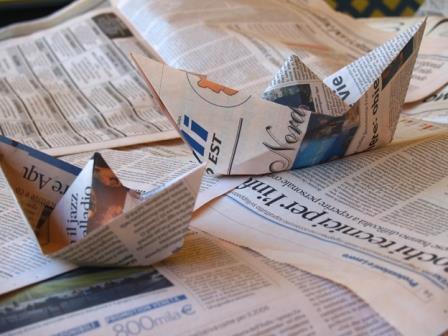 scenamadre su Hystrio - immagine barchetta di carta di giornale